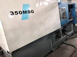 Mitsubishi 350t (350MSG) e sebelisitse mochini oa ho enta ka ente ea polasetiki