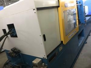 فو چون شن (ایف سی ایس) دو رنگ کا ڈبل رنگ 260 ٹی استعمال شدہ انجکشن مولڈنگ مشین