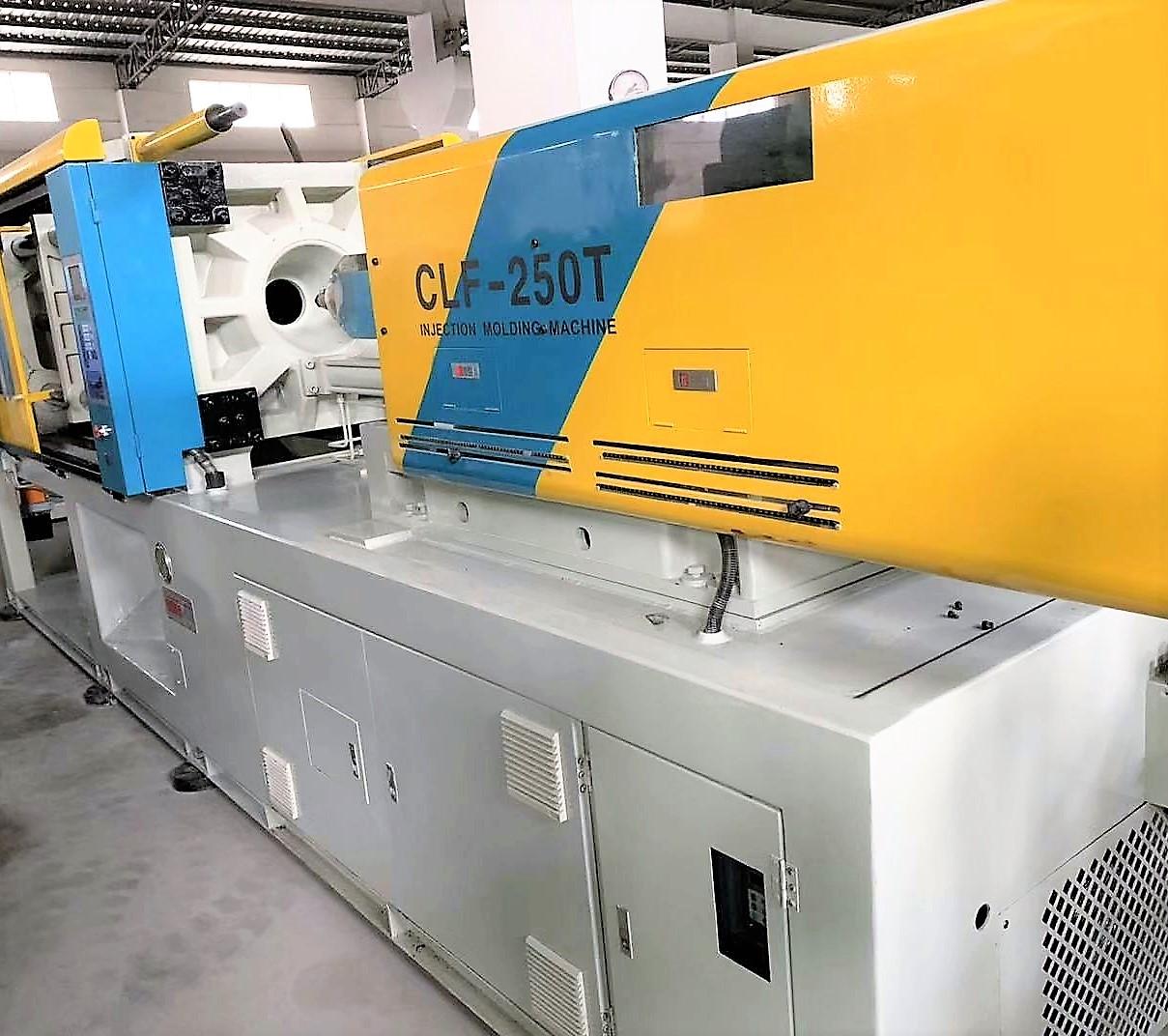 Chuan Lih Fa CLF-250t (servo) used Injection Molding Machine