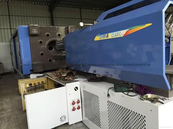 Hwa Chin 1360t used Injection Molding Machine